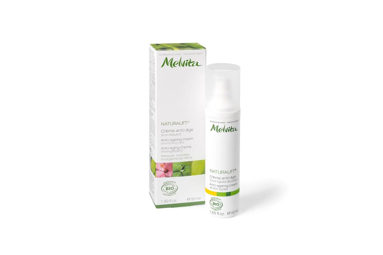 Ha proprietà superidratanti la Crema antiage Naturalift di Melvita
