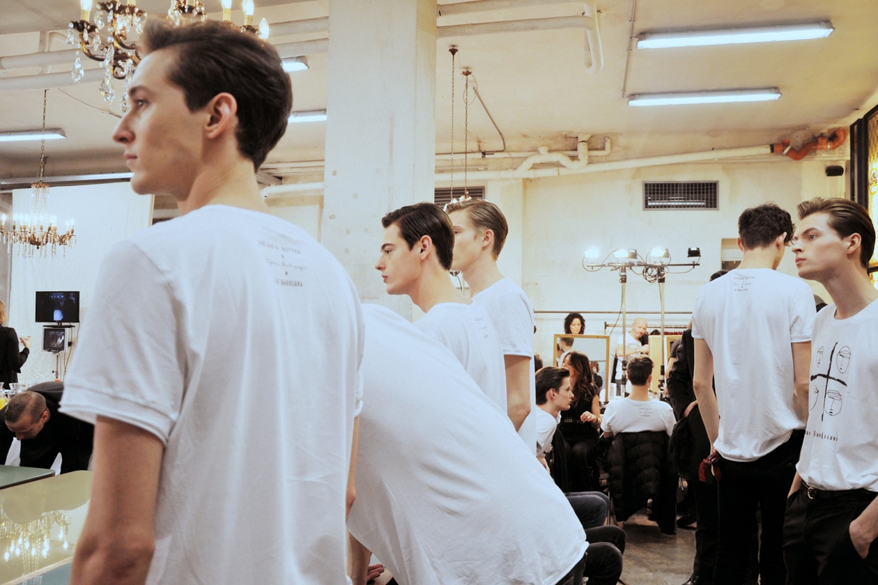 I modelli hanno indossato t-shirt firmate da Antonio Marras e Stefano Bartezzaghi