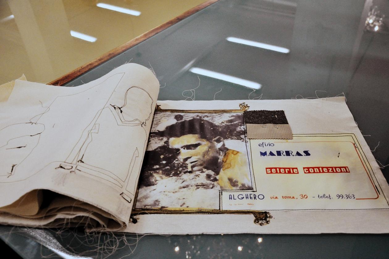 """Il """"libro"""" di Antonio Marras: tutti i tessuti della bottega del padre (nella foto) come ispirazione per la sfilata a/i 2014-15"""