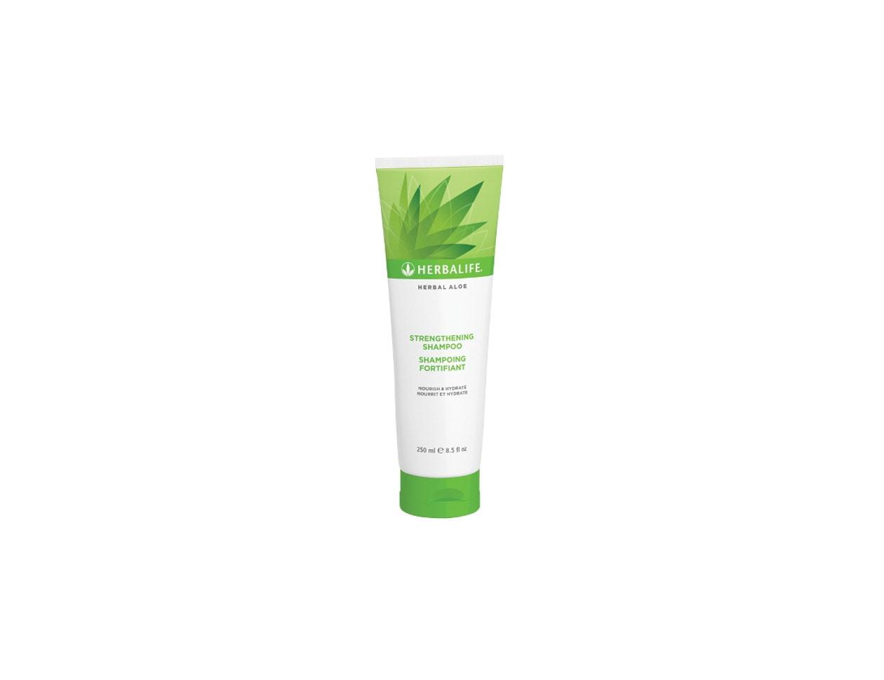 Lo Shampoo Fortificante di Herbalife protegge e lascia i capelli subito più forti