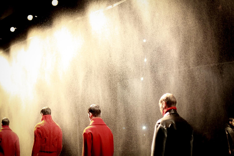 rosso fuoco e pioggia da topman