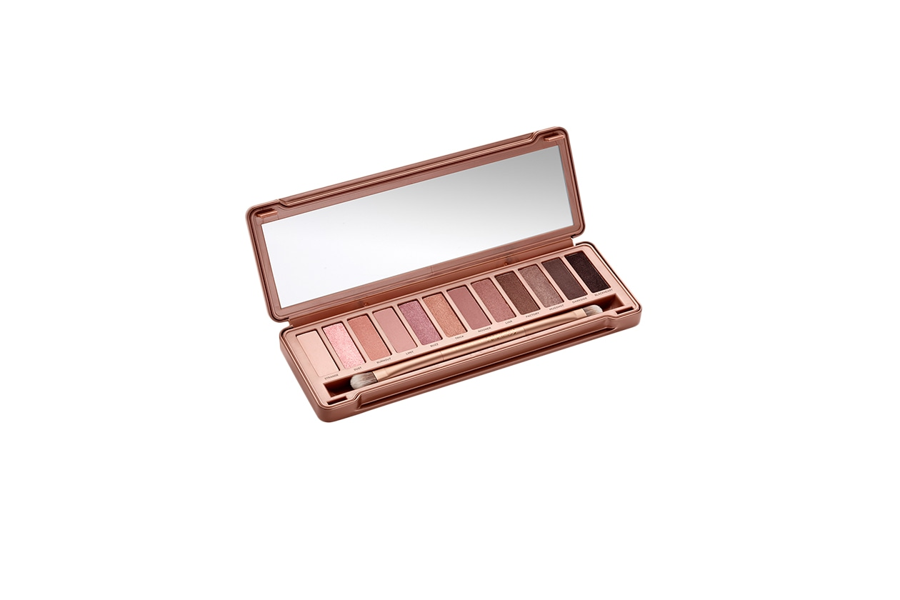 Beauty Gallery San Valentino Urban Decay Naked 3 Palette Opened 2