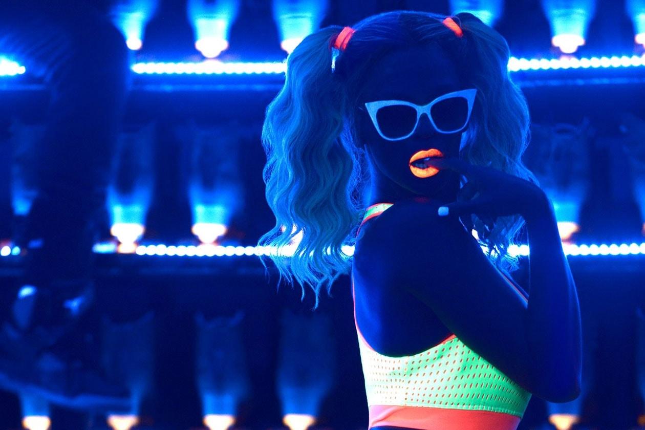 Beyoncé Blow3