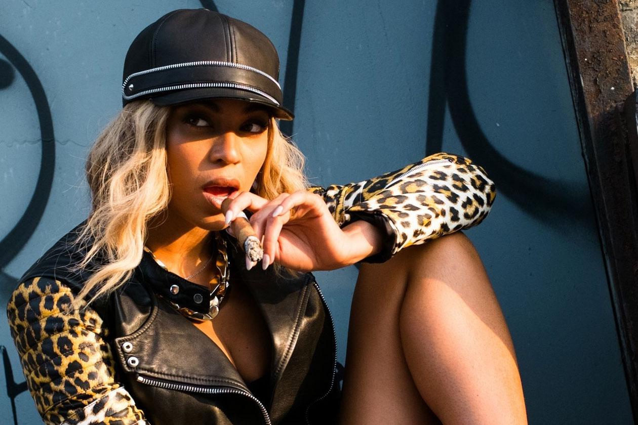 Beyonce Yonce4