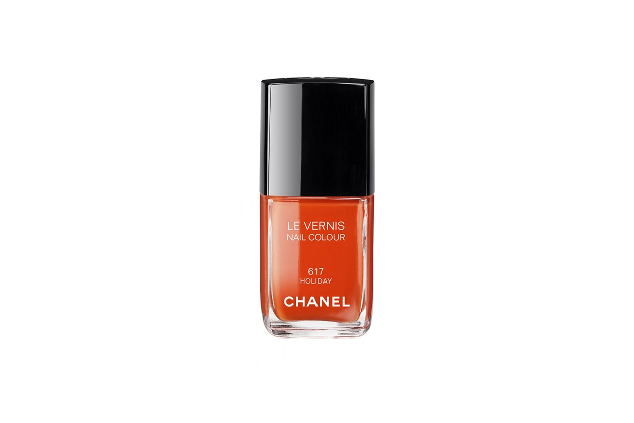 Chanel Le Vernis Nail Colour 617 Holiday 13ml