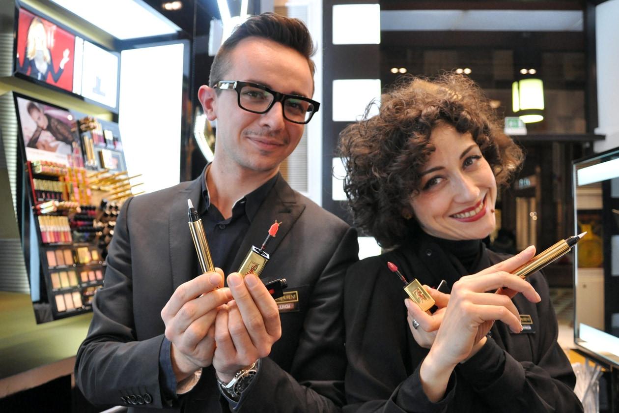 I make up artist di YSL vi aspettano presso il podio YSL nel Beauty Store Sephora, in Corso Vittorio Emanuele, a Milano