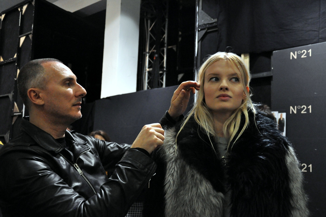 Kate Moss bon ton: è questa l'immagine che ha ispirato l'hair stylist Luigi Murenu