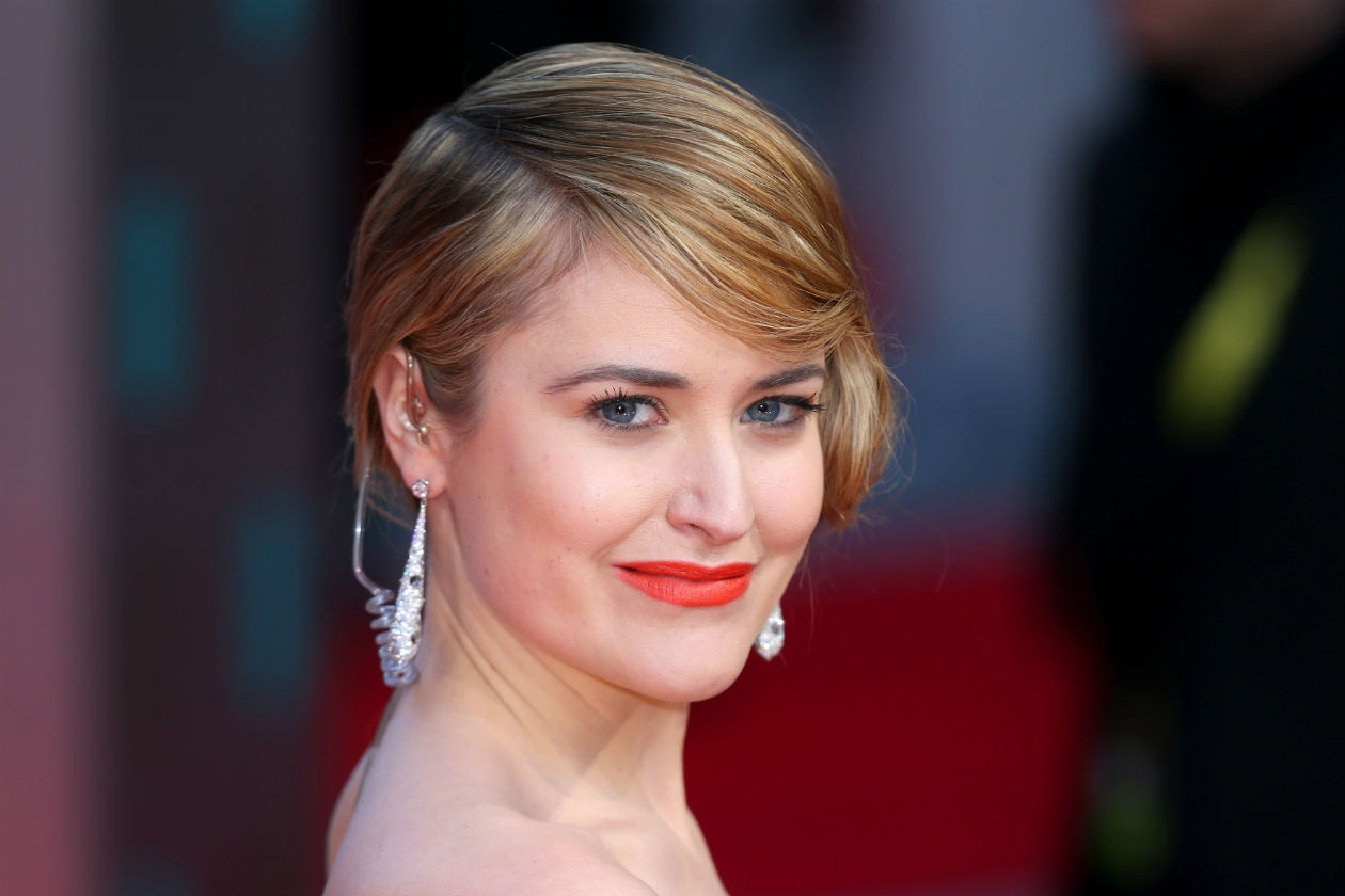 PELLE GLOWING: Flawless skin per Antonia O'Brien