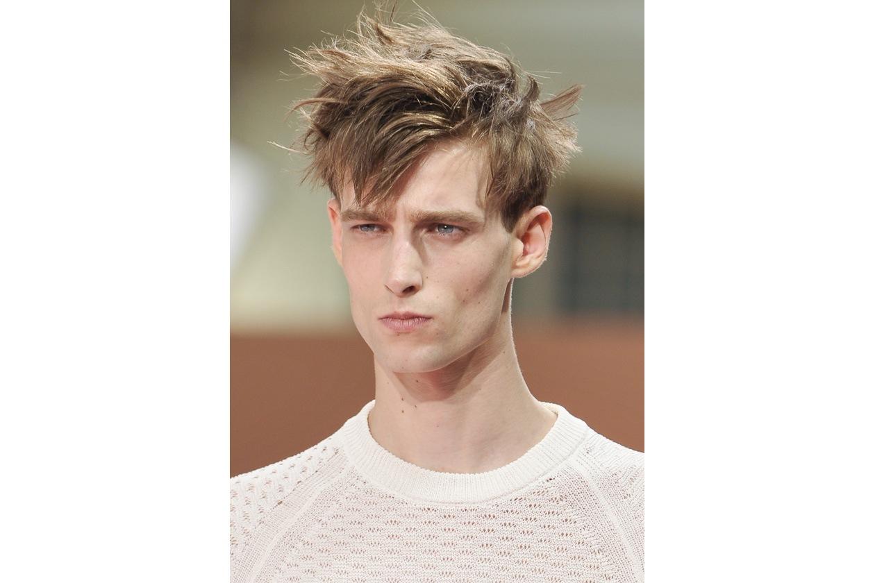 Uno degli hairdo su cui puntare: attenzione allo styling! (Paul Smith)