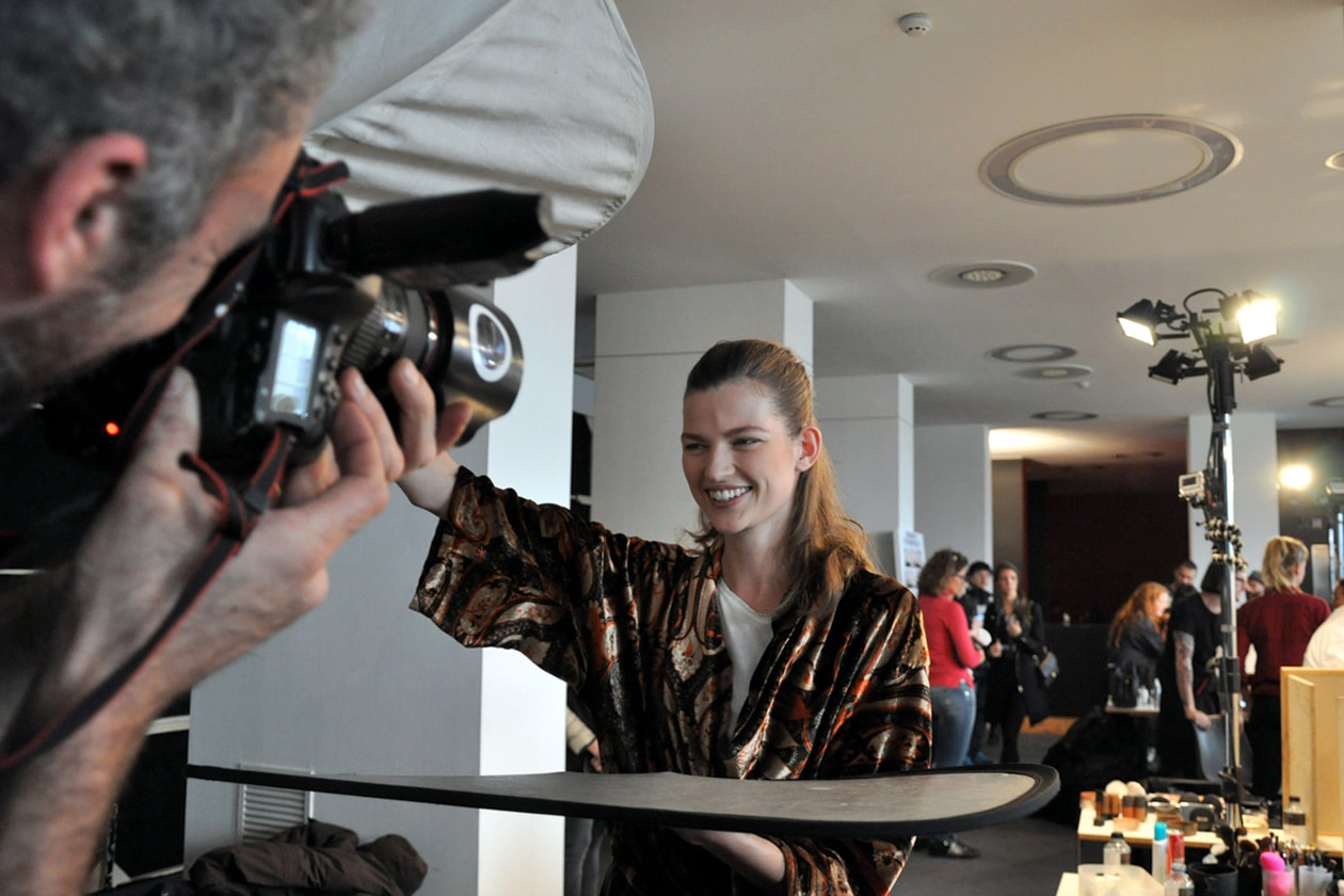 Etro Autunno/Inverno 2014-2015: il backstage hair & beauty