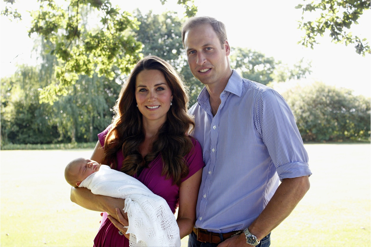 Nell'attesa la famiglia è tornata a Kensigton Palace per dedicarsi a tempo pieno al Principe George
