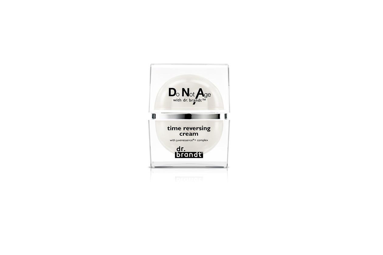 Attiva il metabolismo cutaneo, la Time Reversing Cream Do Not Age with dr.Brandt Crema Antirughe rassodante e Ristrutturante