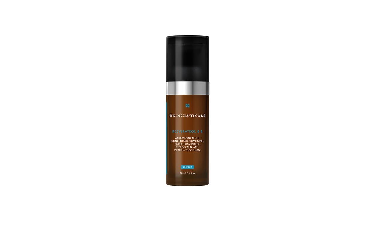 BELLA DI NOTTE: Resveratrolo B E di Skinceutials è un trattamento notte con un'alta concentrazione di resveratrolo, potente antiossidante