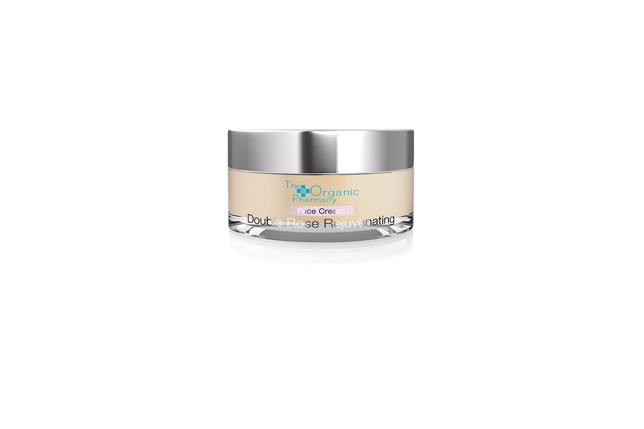Con Rosa, Zenzero e Centella asiatica: la Double Rose Rejuvenating di The Organic Pharmacy idrata naturalmente il viso