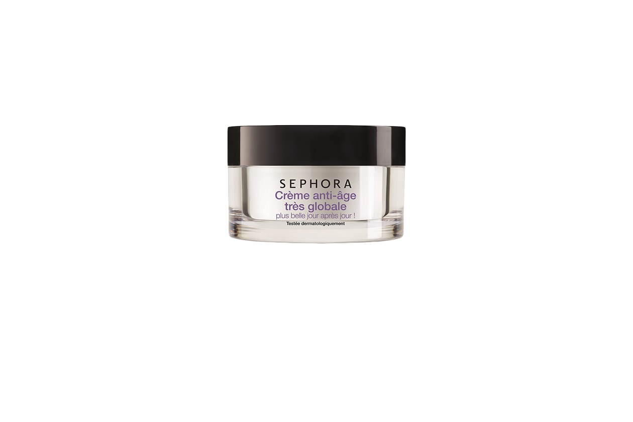 La Crema antietà globale ultra di Sephora contiene un peptide stimolatore di collagene e un estratto di alga per ricaricare la pelle di energia