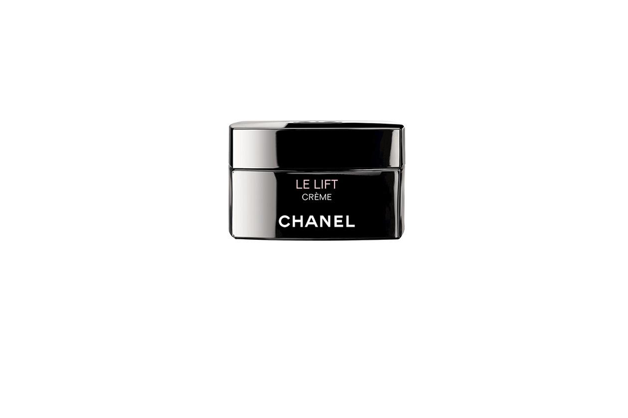 Nasce da un attivo frutto di 12 anni di ricerca, il 3.5-DA, Le Lift Crème di Chanel