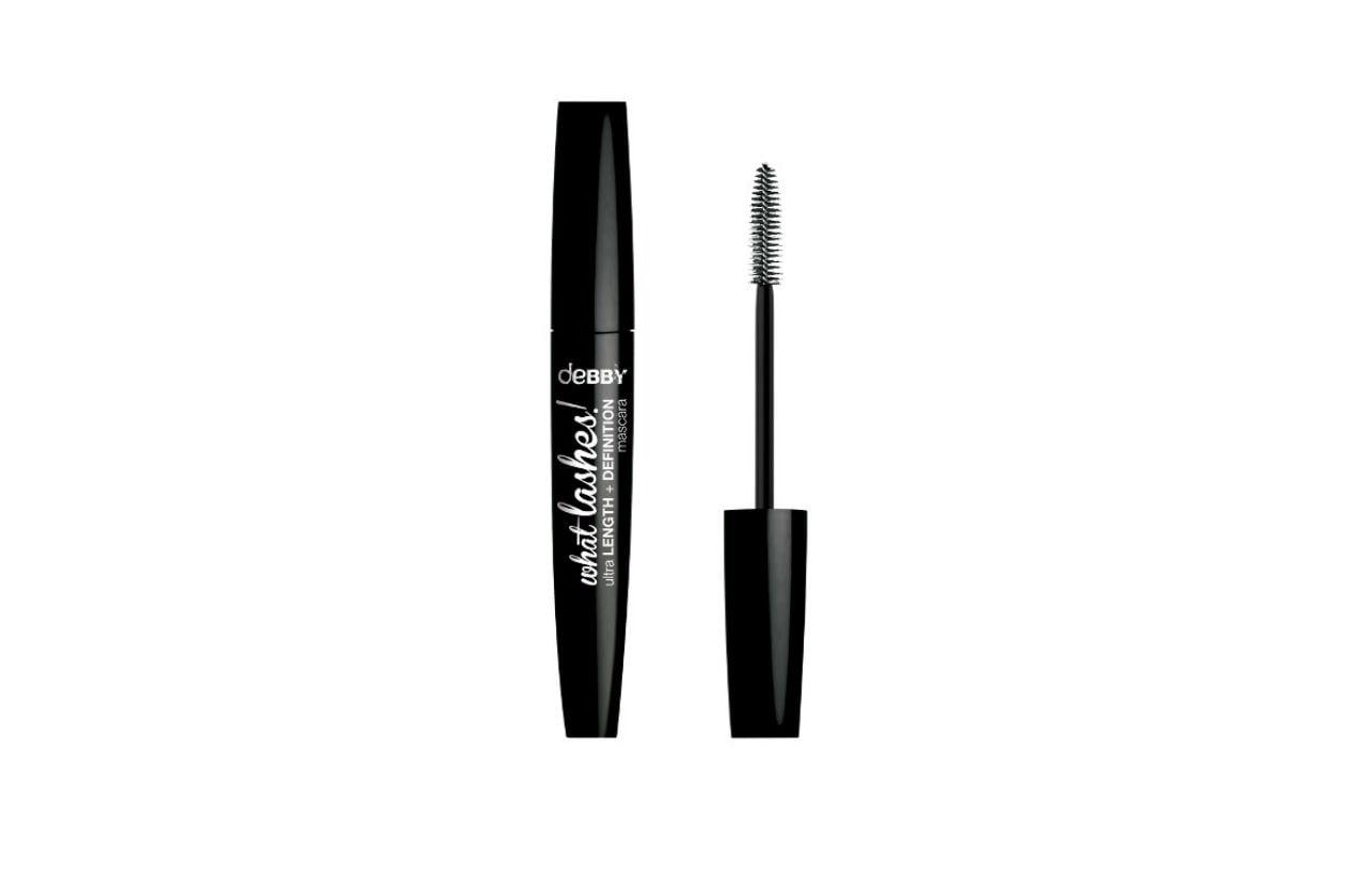 Nero intenso ipercoprente con il Mascara what lashes!Ultra Length+definition di deBBy