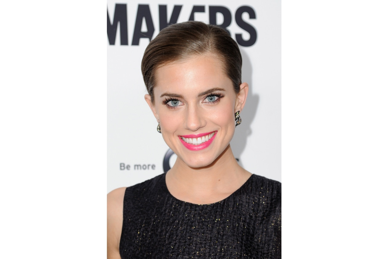 Allison Williams 9