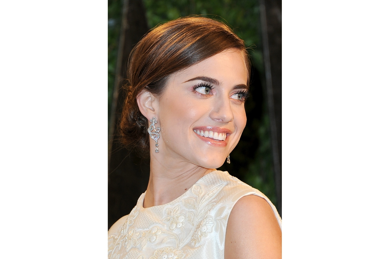 Allison Williams 12