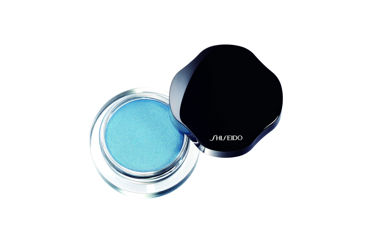 shiseido shimmering cream eye color ice