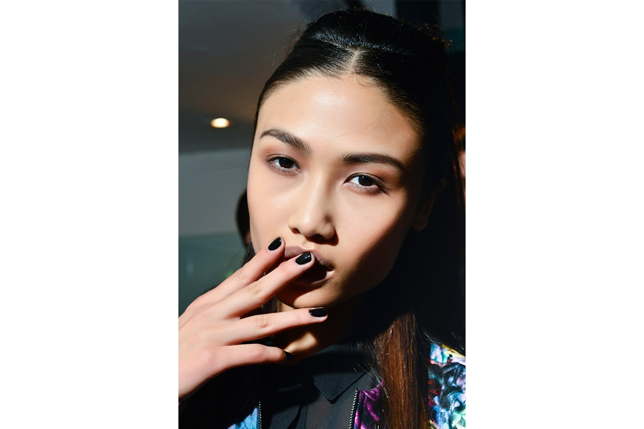 BEAUTY Dark Nails Byblos nls W S14 M 001