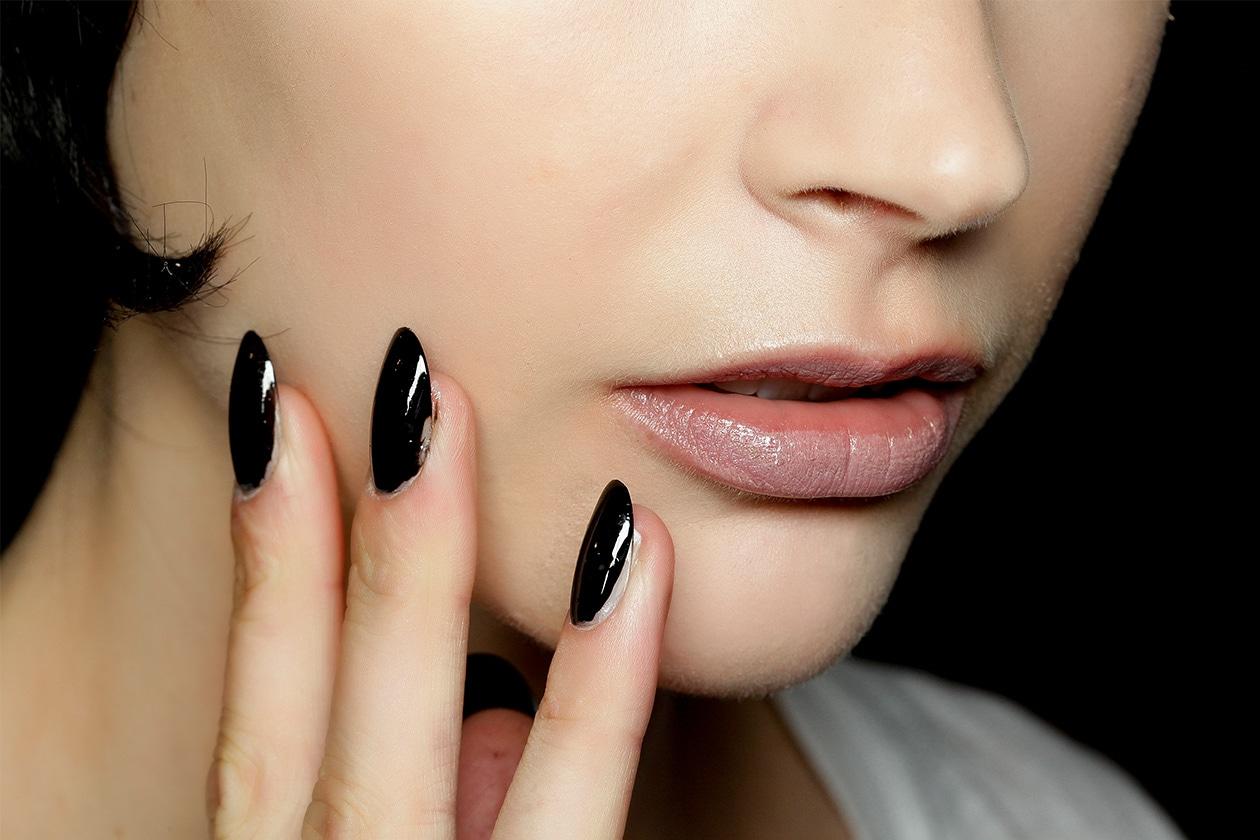 BEAUTY Dark Nails Jeremy Scott nls W S14 N 004