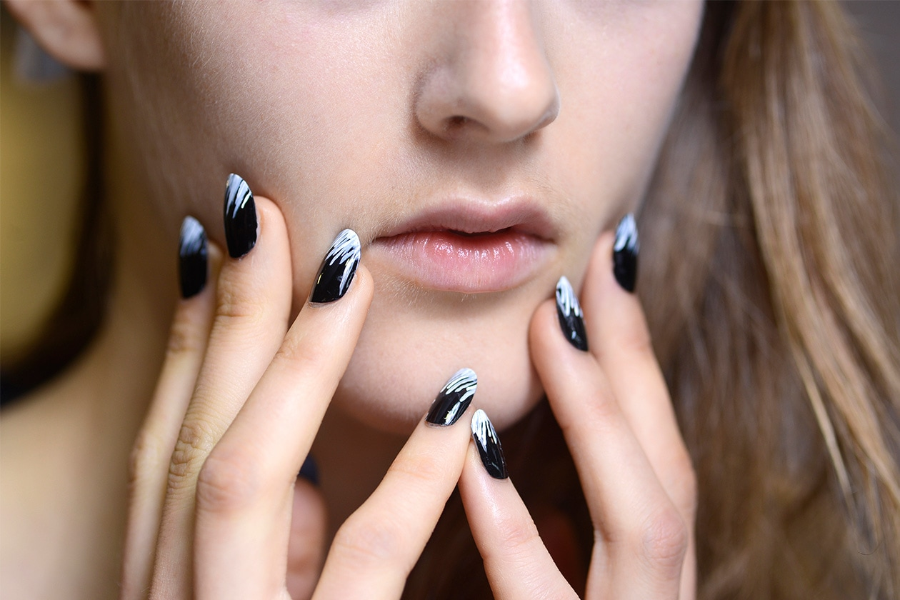 BEAUTY Dark Nails Kenzo nls W S14 P 003