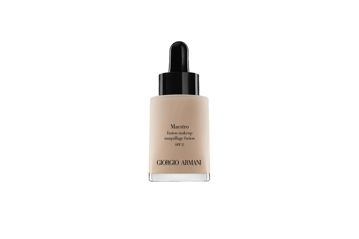 BEAUTY GLOWING NUDE MAKE UP GA Maestro found. pack