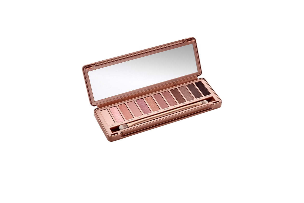 BEAUTY GLOWING NUDE MAKE UP Urban Decay Naked 3 Palette Opened 2