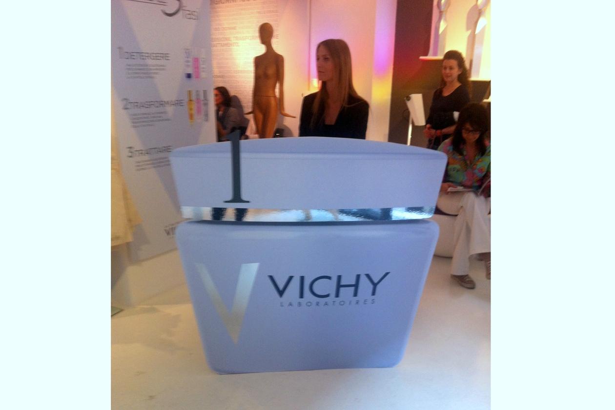 Detergere, Trasformare e Trattare: le tre fasi della beauty routine perfetta by Vichy