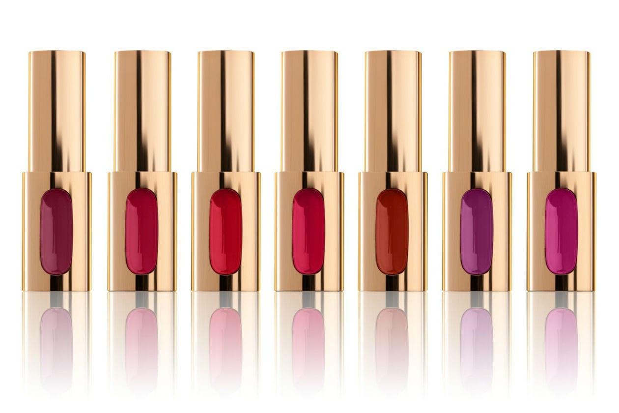 L'Extraordinaire by Color Riche di L'Oréal Paris ha formula che unisce tre tipi di olii per una nuova generazione di rossetto dal colore laccato