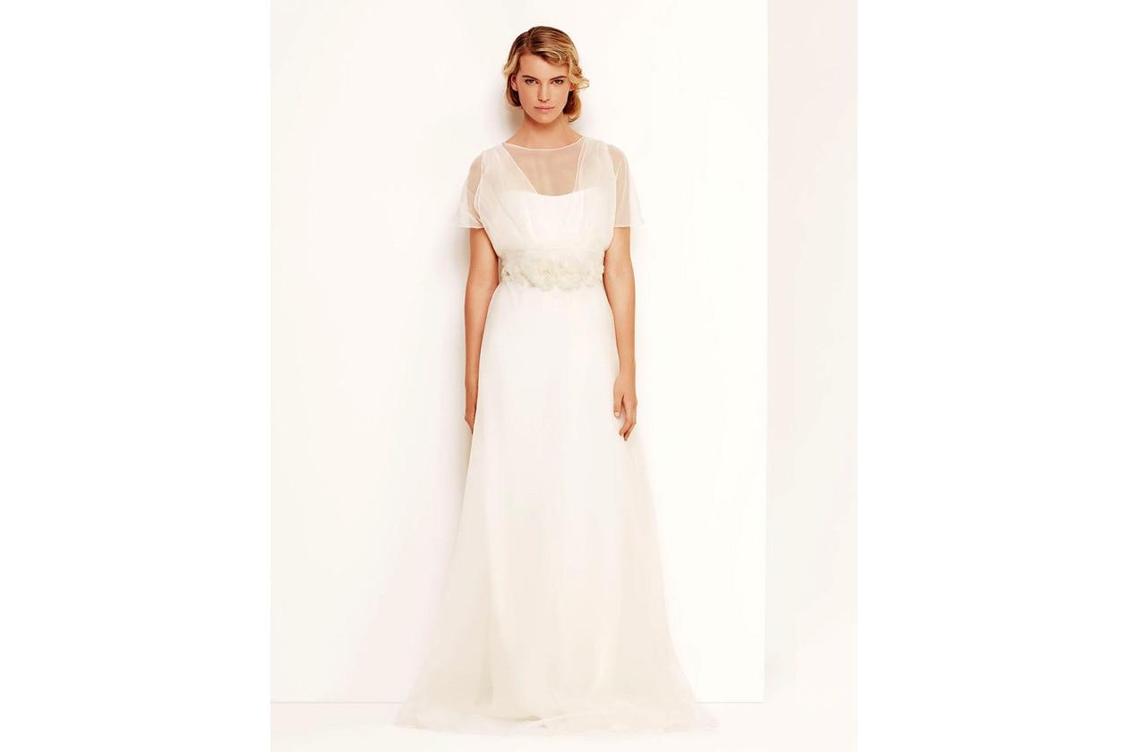 8236033206001 a dress iris white normal