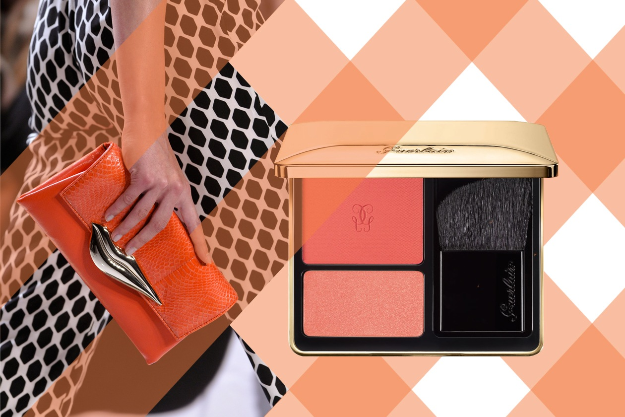 CHEEK TO CHEEK: pennellate di vibrante arancione e corallo sugli zigomi: perfetto per riscaldare l'incarnato (Guerlain – Diane Von Furstenberg)