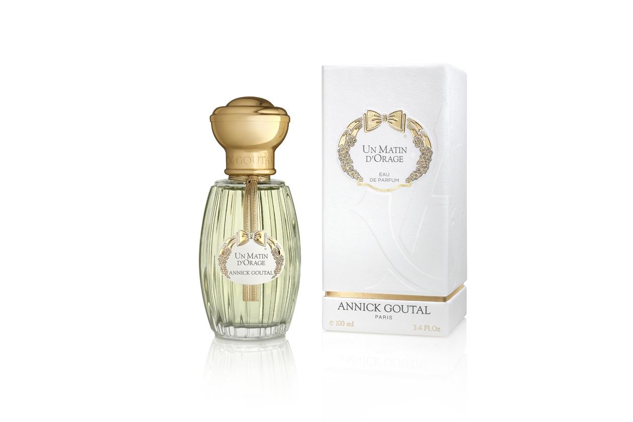 Fondo di vaniglia anche per Un matin d'Orage Eau de Parfum di Annick Goutal caratterizzato da un bouquet di magnolia con un pizzico di frizzante tuberosa