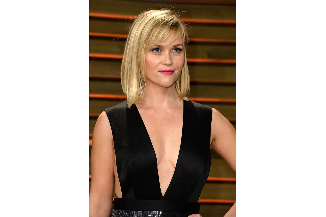 Reese Witherspoon adora il caschetto sia nella versione più corta sia in quella lunga entrambe perfette per il suo viso a forma triangolare