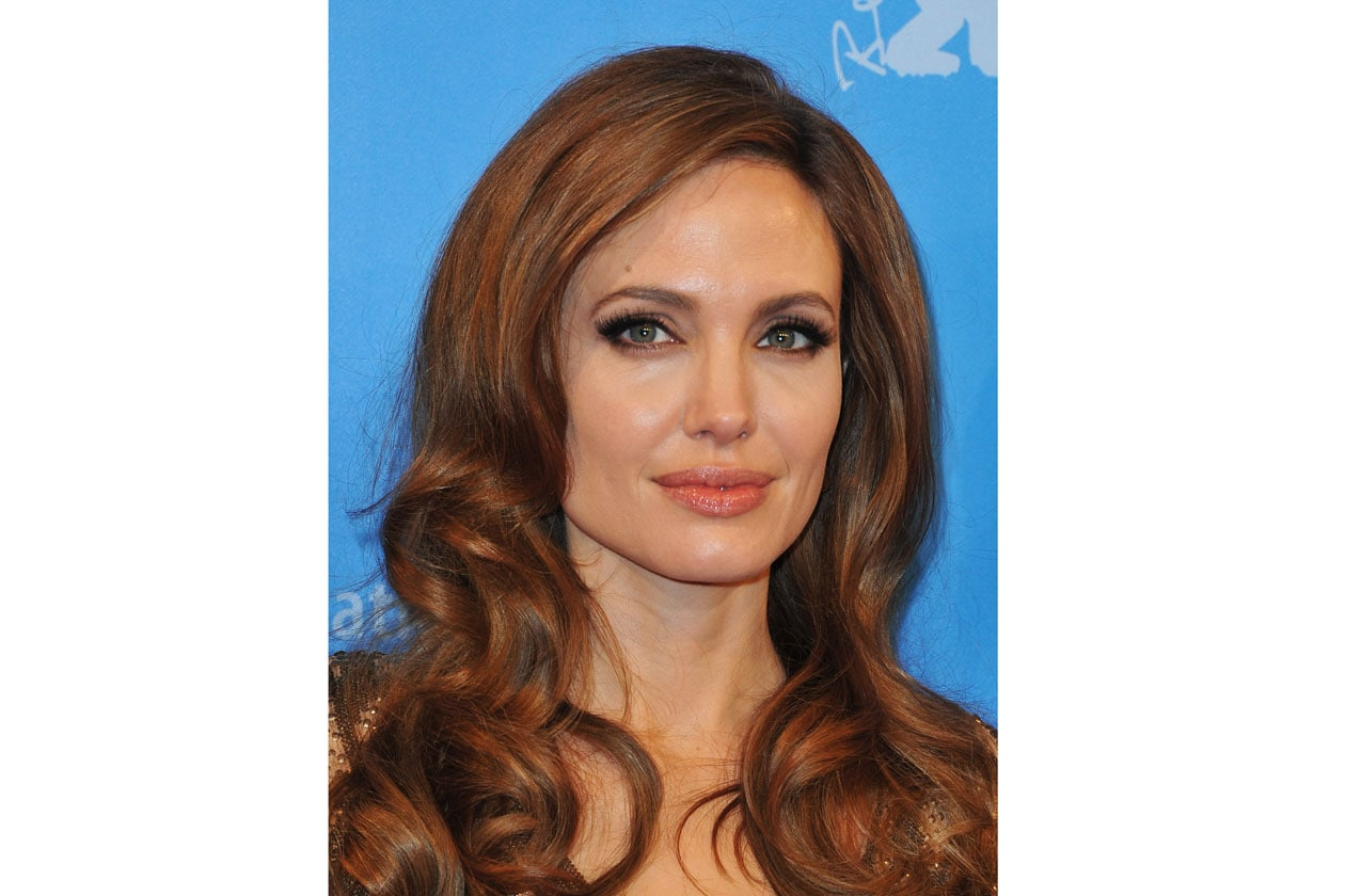 Una tonalità di capelli più chiara e l'effetto finale cambia completamente (2012)