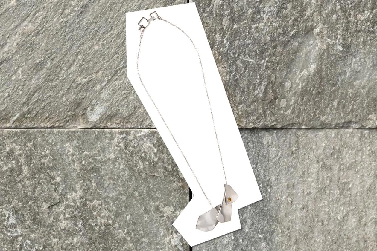 Quake necklace