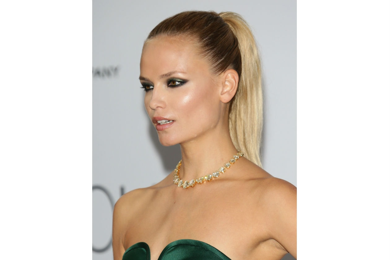 Sfumature black e verde metal per Natasha Poly