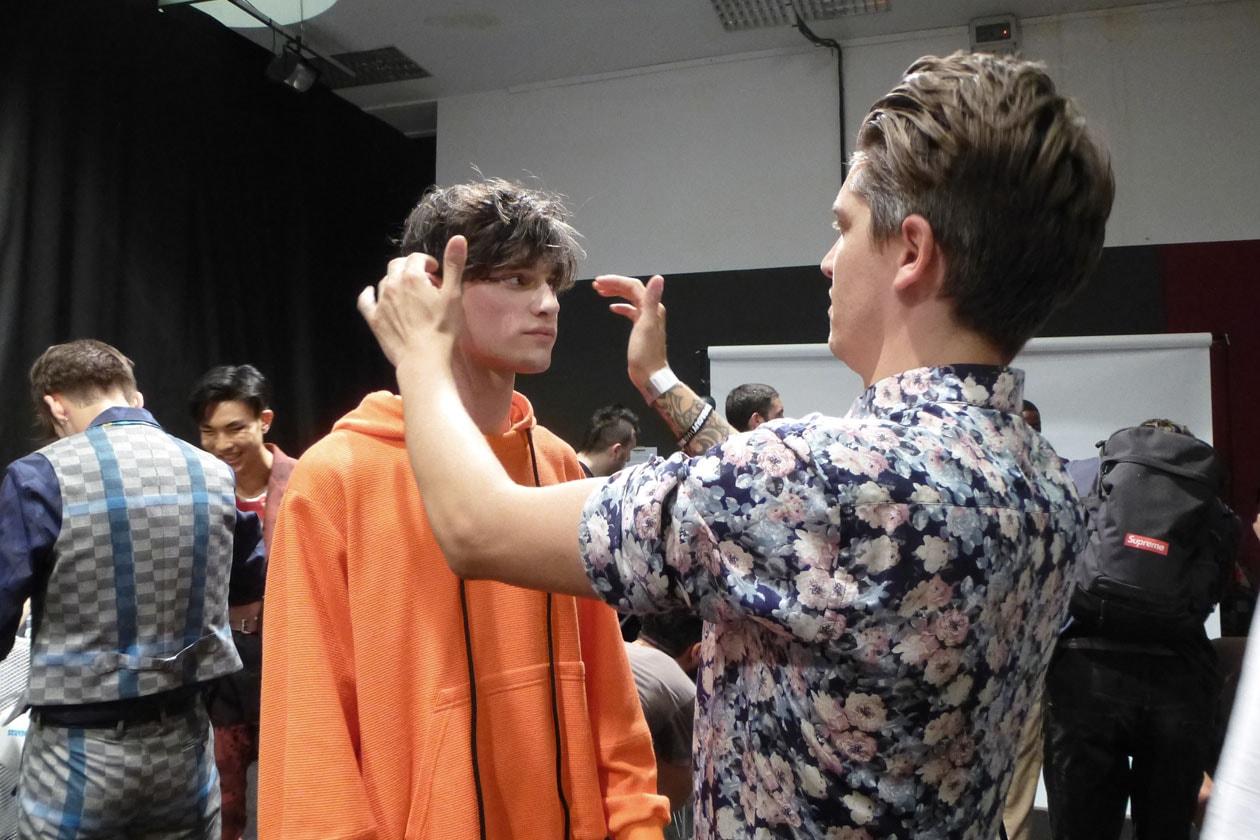 L'hair style è stato curato da Mark Hampton, Global Ambassador di Toni&Guy