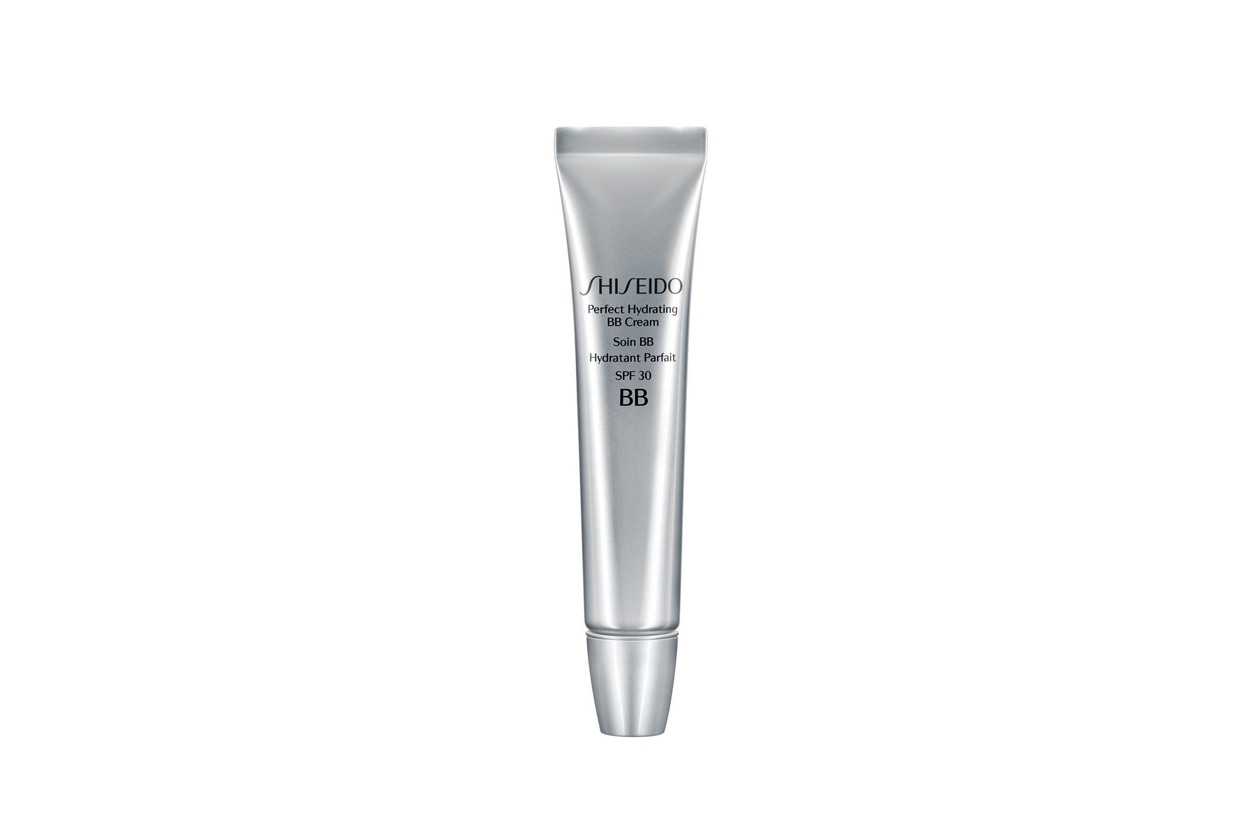 Multitasking – e ideale per l'estate – la Shiseido Perfect Hydrating BB Cream Spf 30 corregge, idrata e protegge