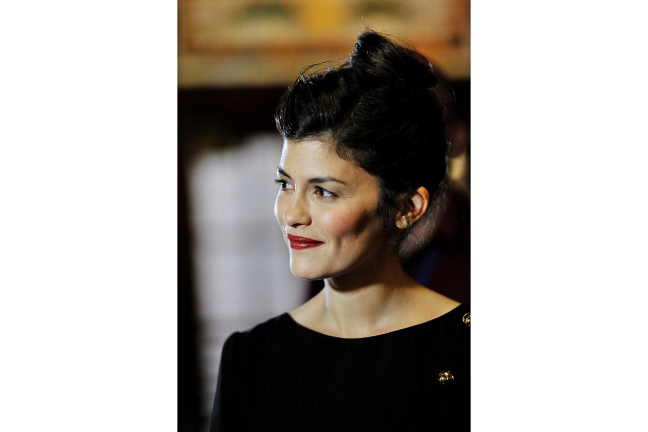 Per la premiere di Therese Desqueyroux Audrey Tautou sfoggia un elegante chignon