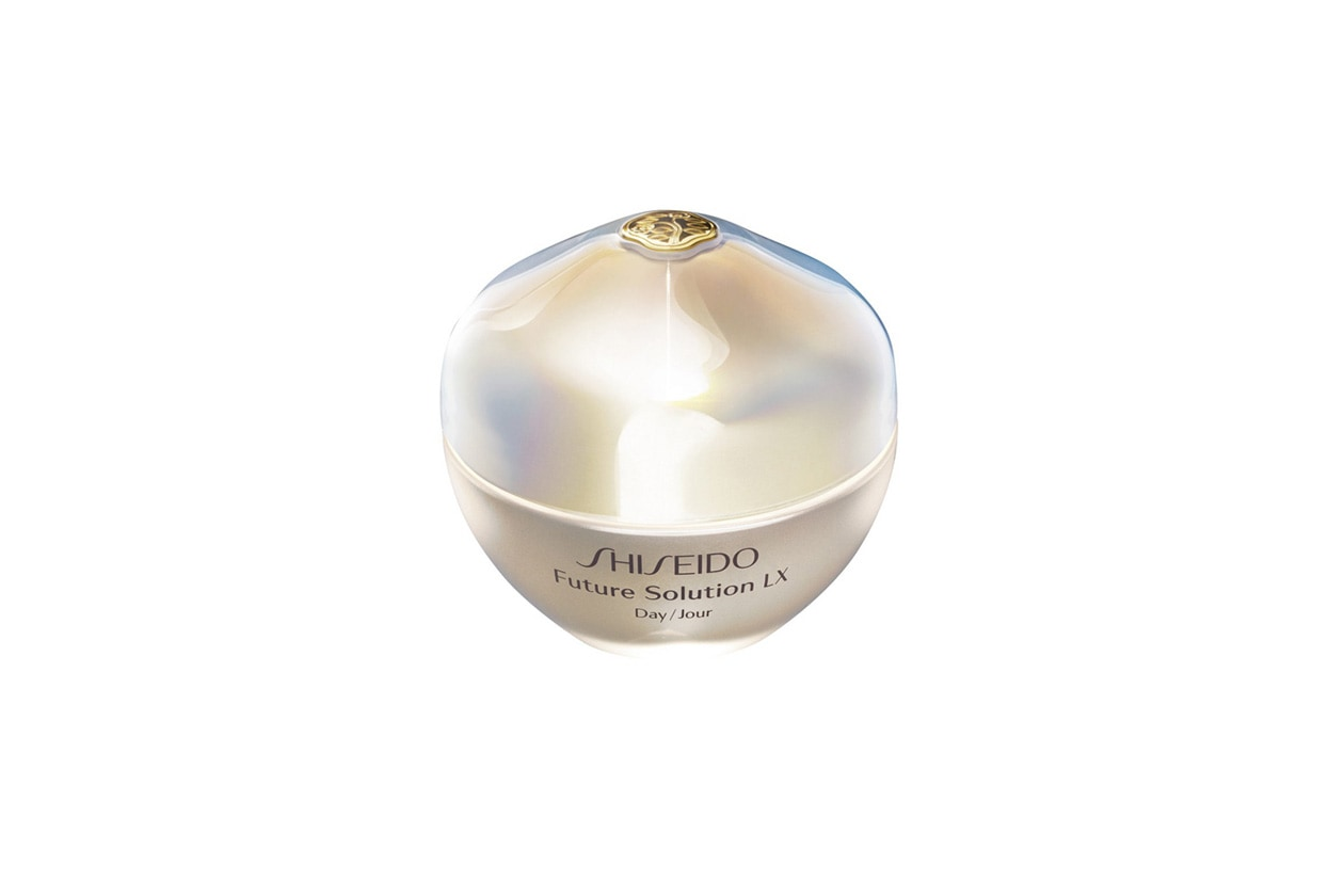 Shiseido Future Solution LX Daytime Protective Cream SPF 15