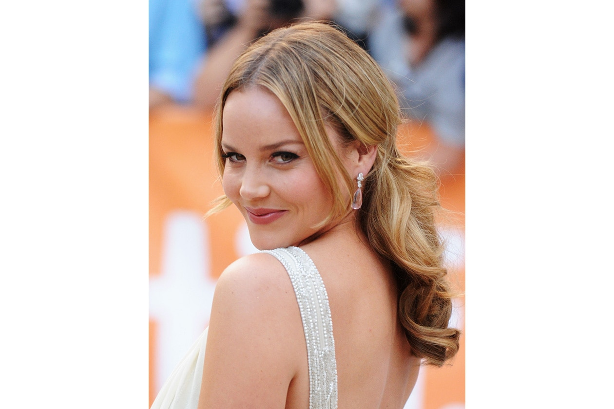BEAUTY Abbie Cornish 124753378