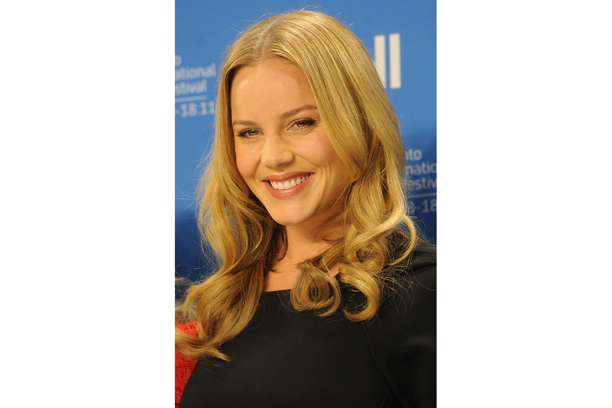 BEAUTY Abbie Cornish 124743885