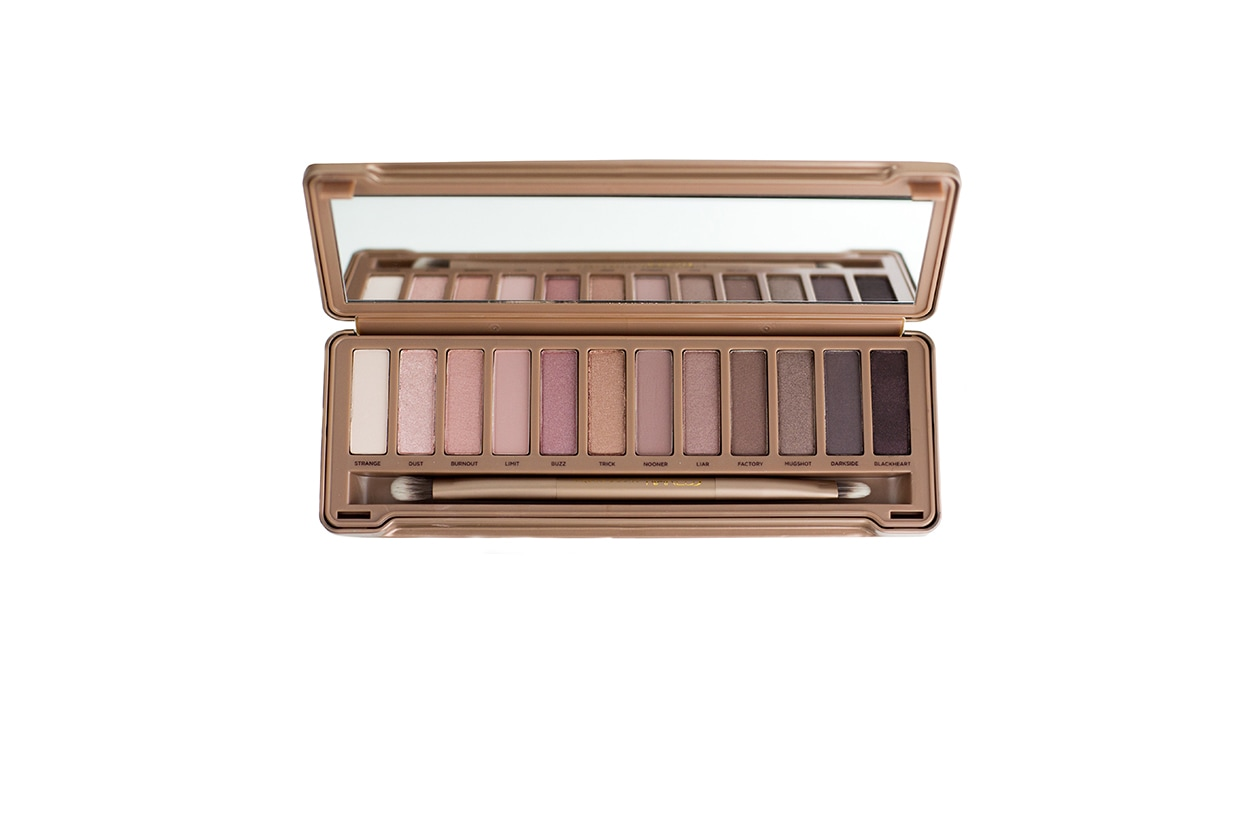 BEAUTY SUMMER NUDE MAKE UP Naked3