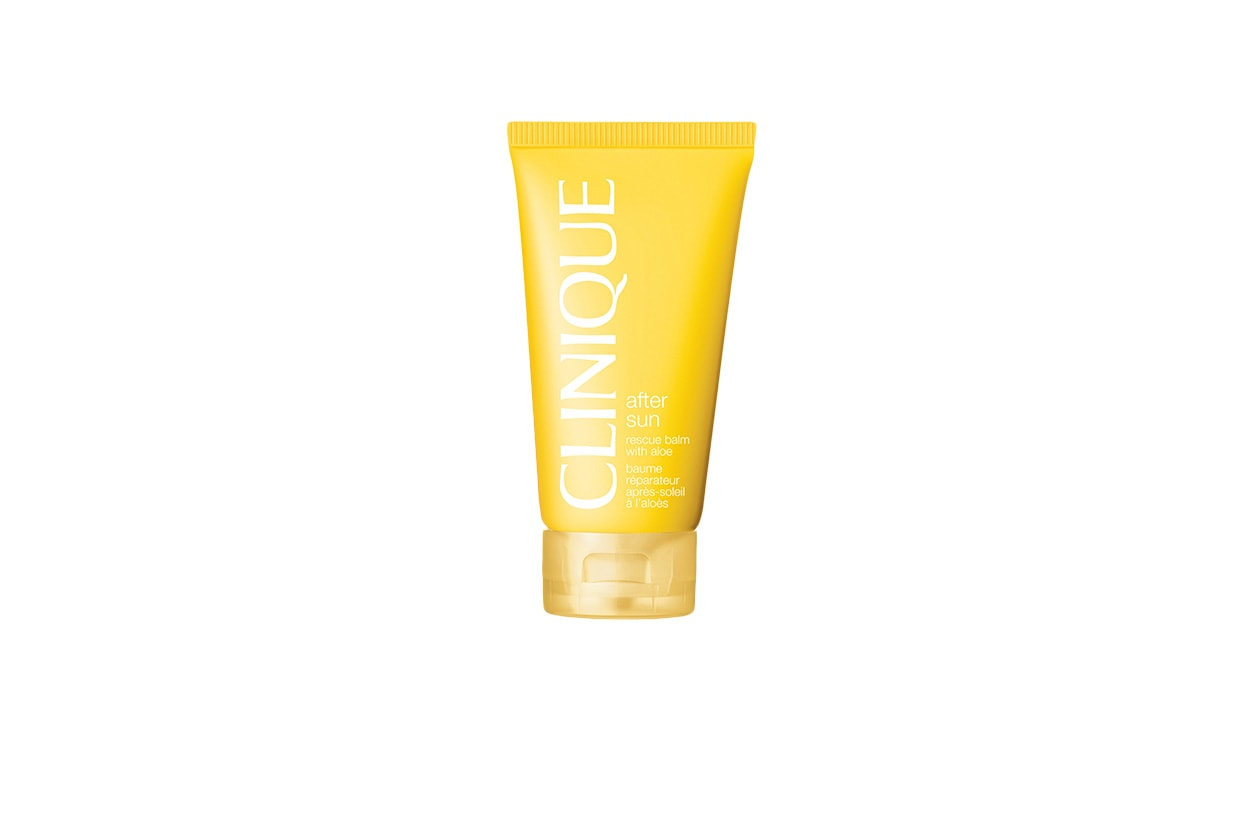 Clinique After Sun è un balsamo che calma la pelle dopo l'esposizione al sole ed evita le spellature
