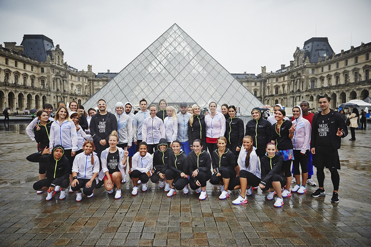 Foto ricordo al Louvre