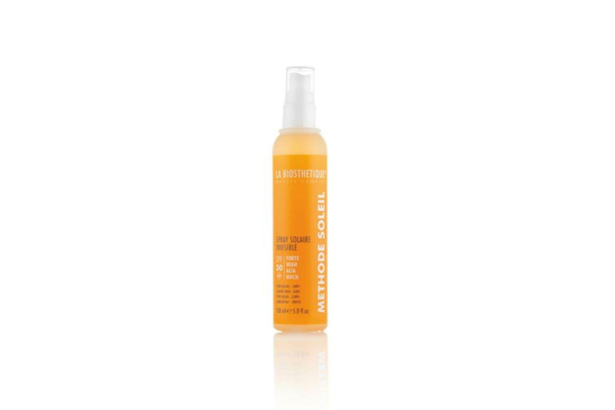 Il nuovo Spray Solaire Invisible SPF 30 di LA BIOSTHETIQUE è ottimo per proteggere la pelle quando si pratica sport all'aperto