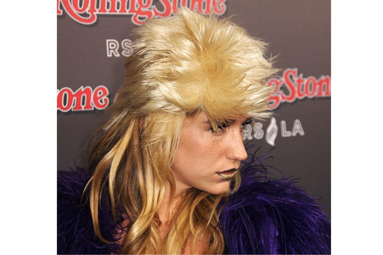 Kesha: il ritorno del mullet (di lato)