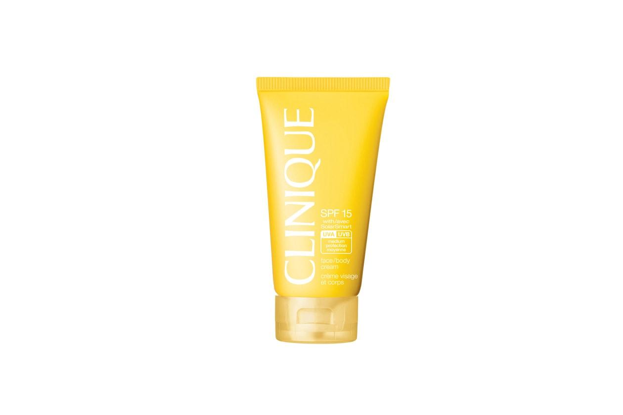 La Crema protettiva viso/corpo SPF 15 di Clinique attiva un processo di riparazione naturale della pelle
